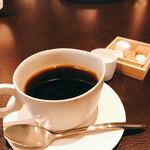 オリヴィエオドラン - カシス香るコーヒー。