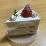 ソラシエル - 料理写真:フルーツショートケーキです。(2019年9月)