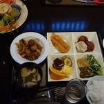 三国峠温泉 御宿 本陣 - 料理写真:
