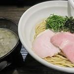 布施丿貫 - 料理写真:【(限定) 淡麗煮干しつけ麺】¥950
