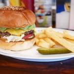 ファイヤーハウス - アボカドバーガー チーズトッピング