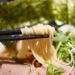 麺屋 ねむ瑠 - 村上朝日製麺の中細