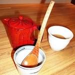 蕎麦きり ほしの - そば湯、お茶