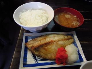 """大衆料理 川治 - """"つぼ鯛セット""""¥780"""