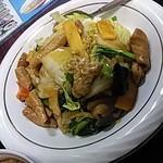 翔ちゃん - ホルモンと野菜丼