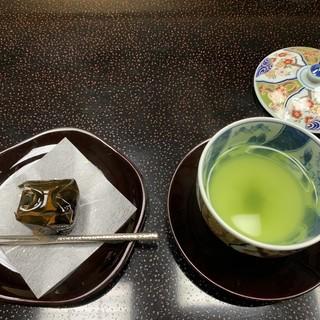 欽山 - 料理写真:着いたらすぐ出てきました。