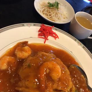 中国料理 廣河 - 天津エビチリ飯(スープ サラダ付)