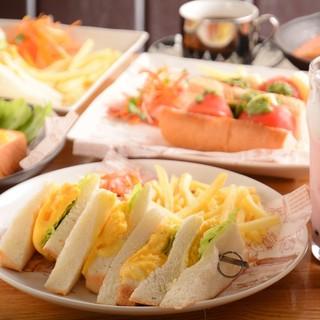 ★9月28日カフェとサンドイッチのお店にリニューアルOPEN