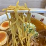 116338826 - 【2019.9.2】森永製麺の加水率高めの中太麺。