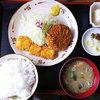かつ源 - 料理写真:メンチカツ&イカフライ定食 750円