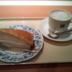 ドトールコーヒーショップ - ミルクレープ+カフェラテS(500円)