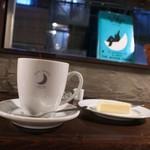 ムーン ファクトリー コーヒー - ルワンダマグ&自家製チーズケーキ