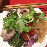 116359166 - 前菜 大山地鶏のサラダ