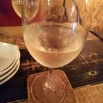倉庫 - 白ワイングラス