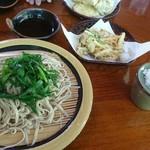 小代 行川庵 - にら蕎麦(普通盛り)♪