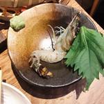 鶏と魚と炭火焼き 燈 -