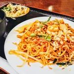 ガンジス - 海鮮焼きそば定食(999円+税)