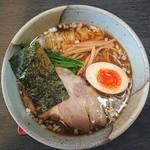 麺屋 番 - 料理写真:ラーメン(細)大盛720円+110円