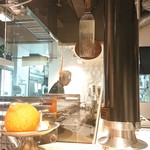 YAKINIKU BISTRO 石鎚 - 厨房
