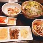 焼肉 琉宮苑 - 前菜盛り合わせ