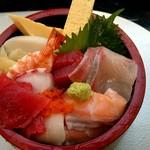 116392093 - ランチちらし寿司