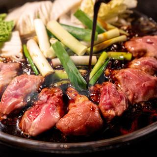 <焼きダレの特製割り下>軍鶏×すき焼きの『軍鶏すき』