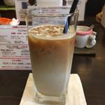 Cafe 豆うさぎ - アイスカフェラテ