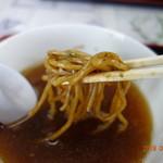 浅野食堂 - スープに浸けてリフト