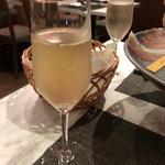 Prosciutteria Re:Pazza - 樽詰めスパークリングワイン