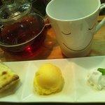 カフェ みつばち - 14時からの限定MENU☆500YEN スイーツセット☆お好きなスイーツ&バニラアイス&ドリンクのお得なセットです!