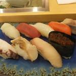 あら政 - ランチ 生寿司 700円 【 2012年2月 】