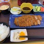 きち丸食堂 - ロースとんかつ定食928円
