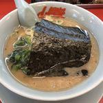 山岡家 - 料理写真:海苔は丼を覆って着丼