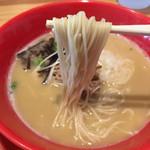 濃厚鶏白湯拉麺 乙 - にょ〜ん( ´ ▽ ` )ノ