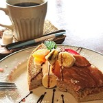 久永屋 - シナモンシフォンケーキとコーヒーのセット