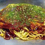 お好み焼 長田屋 - 定番!肉玉そば!700円です。