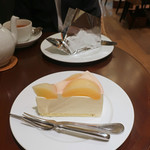 116477664 - 白桃のレアーチーズ・ケーキ