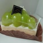 キシモト - シャインマスカットのレアチーズケーキ