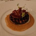 ザ・クルーズクラブ東京 - 丸茄子のグリルにフォアグラとフランス産ジロル茸添え 焼きトウモロコシのクリームソース