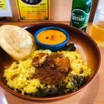 南インドの味 カレーリーフ - ランチプレート(1,180円)