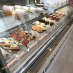 Girouette Cafe - ショーケース