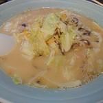 おおむら亭 - 料理写真:・ちゃんぽん 780円