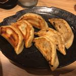 虎 TIGER - 餃子