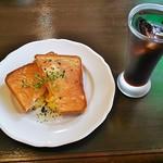 胡椒屋 - モーニング・クロックマダム(サラダボール、スープ、ドリンク付き)
