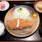 平田牧場 - 三元豚ロースかつ膳(110g)