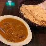 viva goa indian cafe - ゴアンマトンサクチ、ロティ