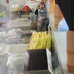 七福屋 - 用意されている天ぷら