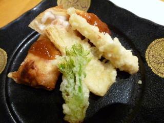 板前心 菊うら - 鱈白子を包んだ春巻(ポン酢ジュレ)と筍天ぷら