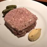 116531765 - 田舎風お肉のパテ