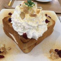 HOMIBING-・きな粉餅ハニートースト